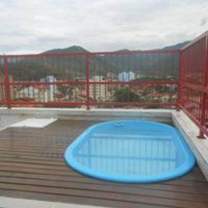 apto. cobertura martim de sá 3 dorm. piscina juli