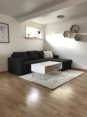Cozy 45 square meters apartment - Hoyvík - Apartment