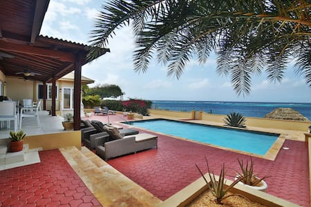 Ocean Front Villa w/Private Pool by Baby Beach