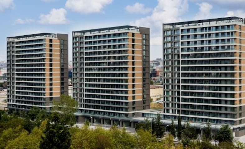 Daily Home Near Malls&Atatürk Airport in Istanbul