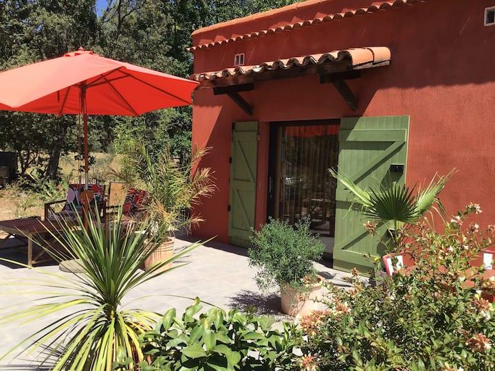 Pavillon particulier terrasse privative et piscine