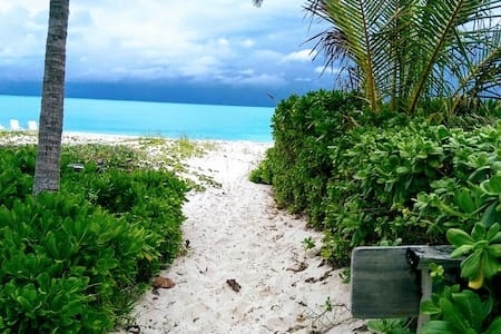 Groundfloor Vacation Home on Beach, Treasure Cay