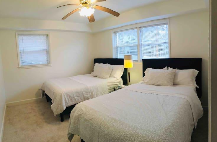 Georgetown&Rosslyn&DC&2bedroom&walk2metro&FreePark