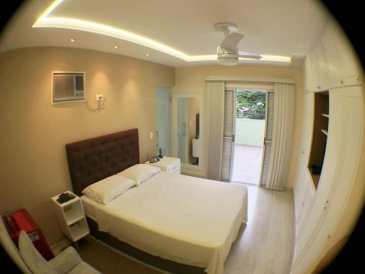 Great Bedroom with private bathroom and balcony