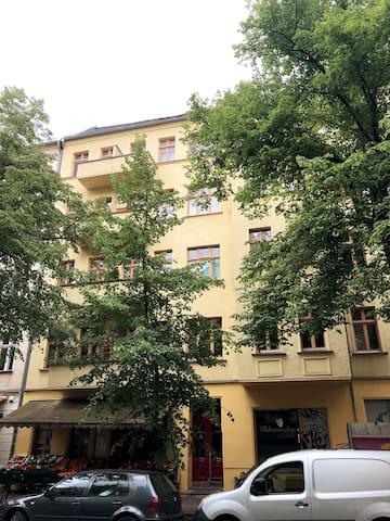 Idyllisches und ruhiges Apartment Boxhagener Platz