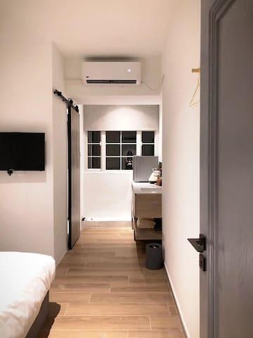 D Convenient Studio 1 min MTR 西九高铁地铁机铁双人独立卫浴公寓