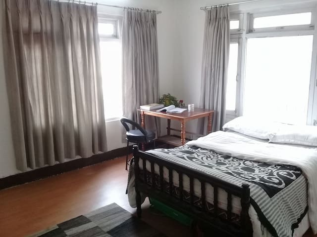 Affordable big bedroom,great location, near Patan