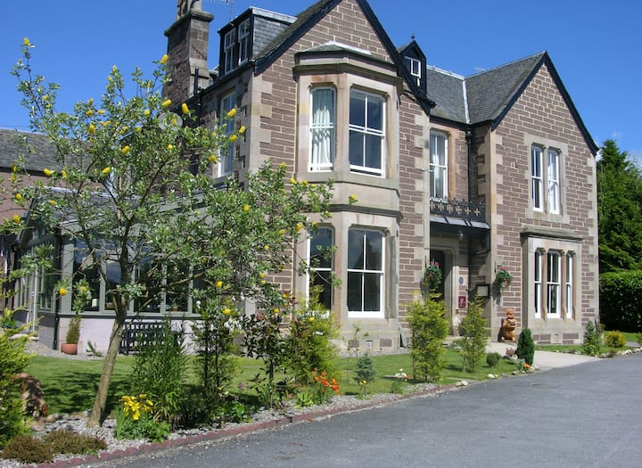 Glenearn house Bed and Breakfast and table d'hote