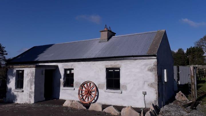 Cozy Cottage, idyllic countryside location