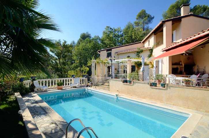 Villa,terrasse,piscine, jardin, vue,Sud Luberon - La Bastide-des-Jourdans