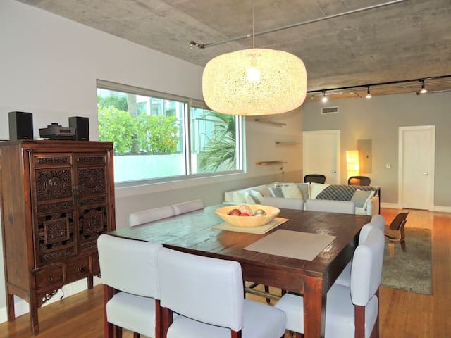 South Beach Loft right off of Lincoln Rd