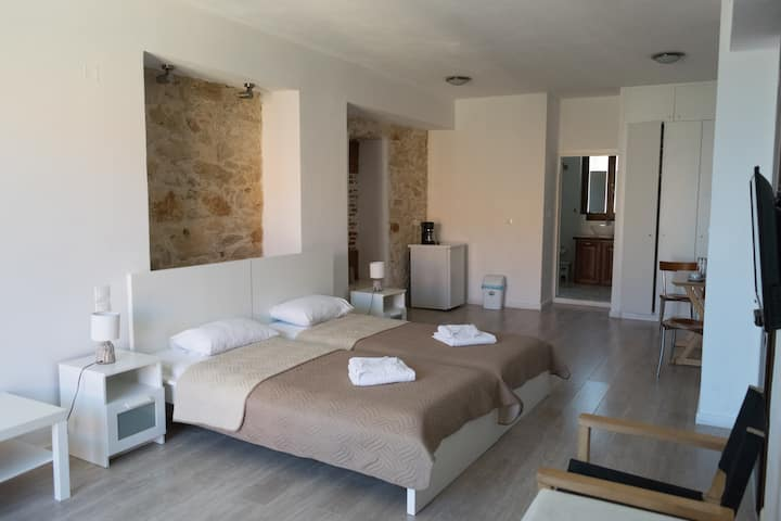 Creta Seafront Superior double room with pool view
