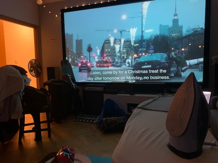 Minimalist twin-room in stylish flat in quiet area