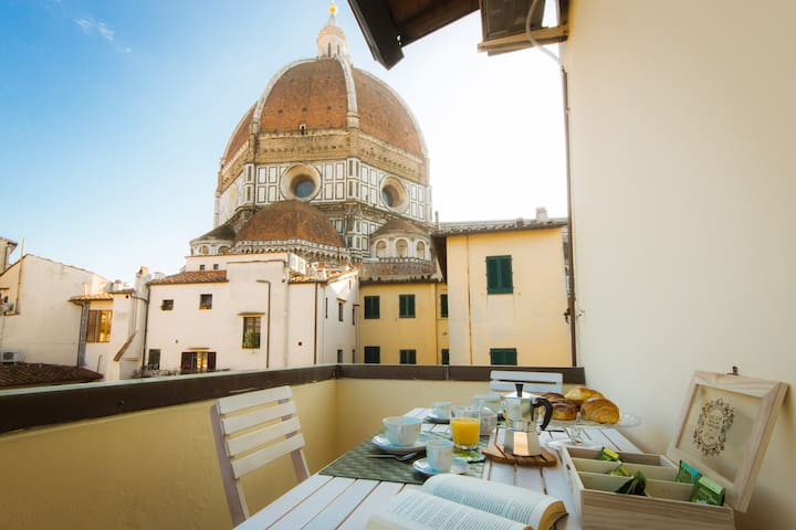 A spectacular nest at the Duomo ideal for couples
