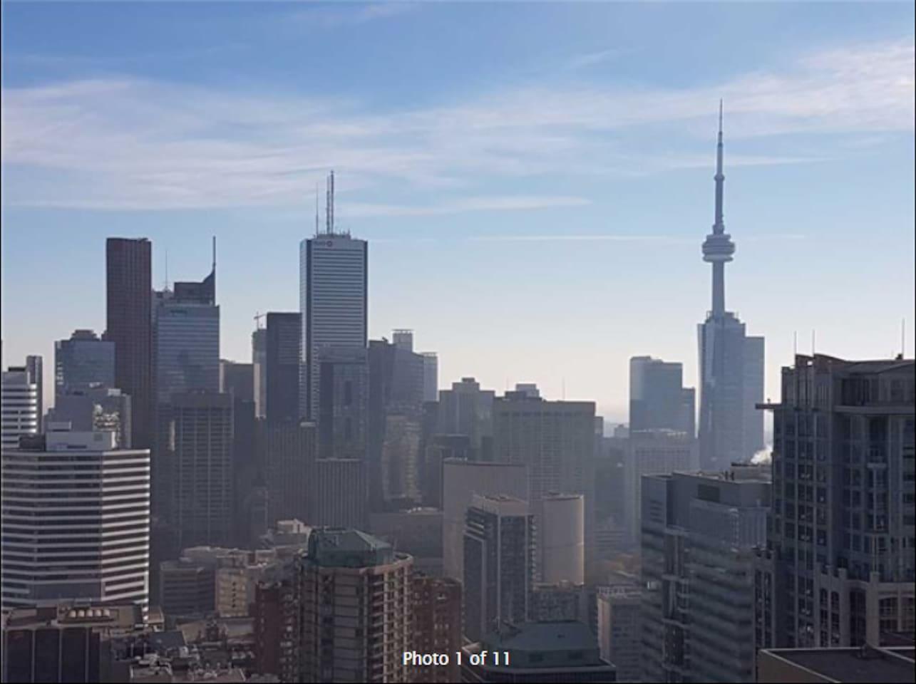 Balcony Toronto view, 40+ floor