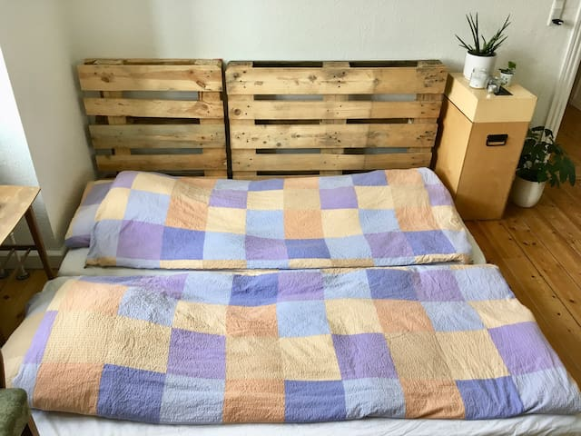 They bed When Its unfolded for two people. King size