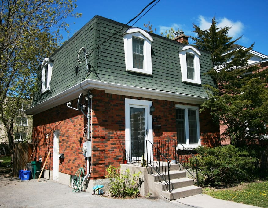Art Deco Delight Houses For Rent In Kingston Ontario Canada
