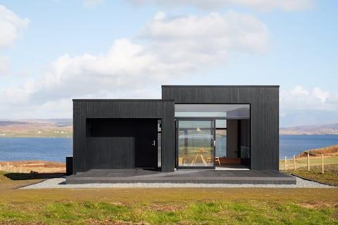 Black h, Isle of Skye