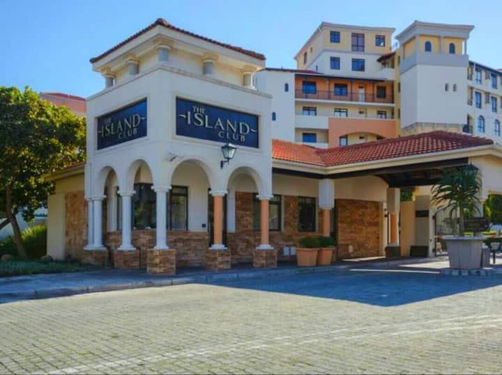 The Island Club Estate, 303 Majorca