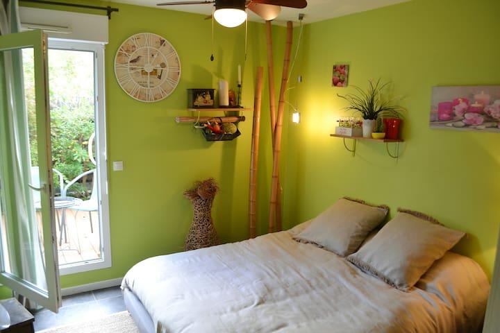 Chambre avec jardin privatif - Pau - Appartement