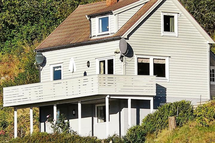 4 star holiday home in Sørbøvåg
