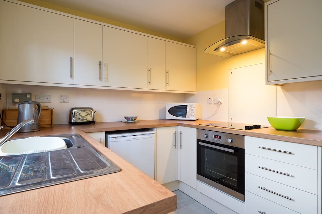 Brand new fitted kitchen