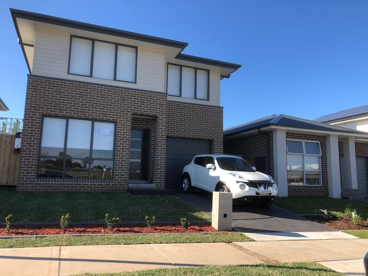 Brand new house in Austral
