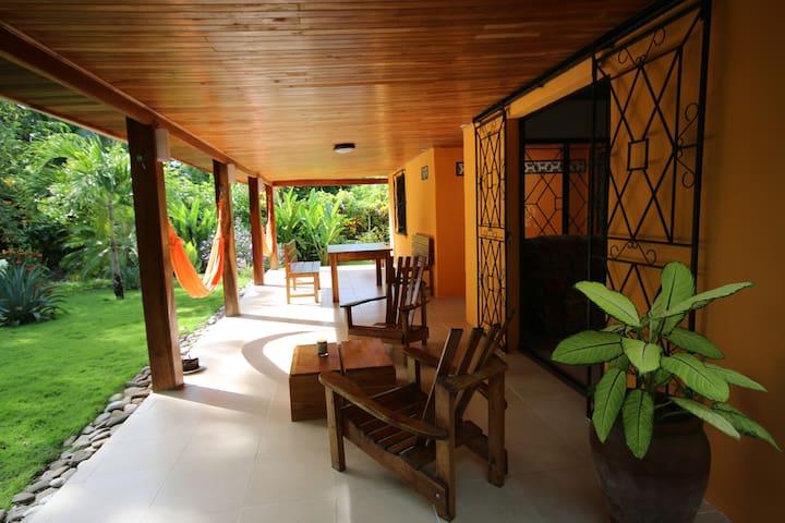 CASA NASHOBA Tropical garden - Cabuya - Dům