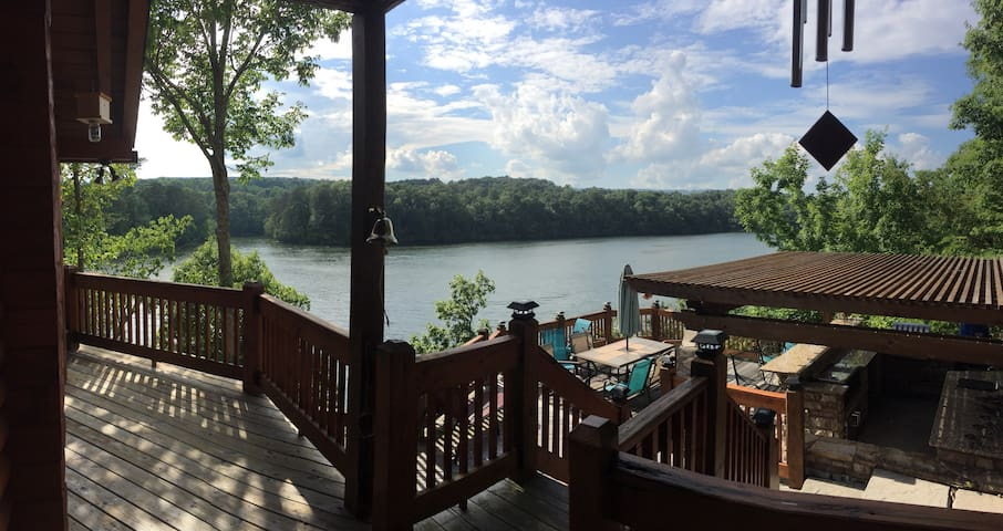 Laura's Lakehouse - Soddy-Daisy - Villa
