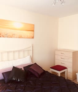 Bright Comfortable double room in modern house .