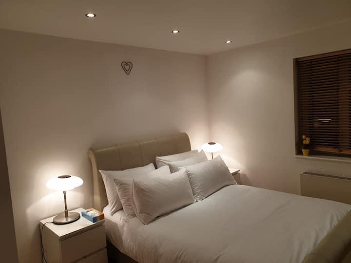 Very clean spacious bedroom