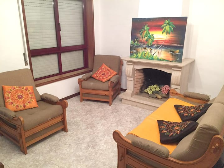 Apartment with 2 bedrooms in Espinho, with furnished terrace - 600 m from the beach