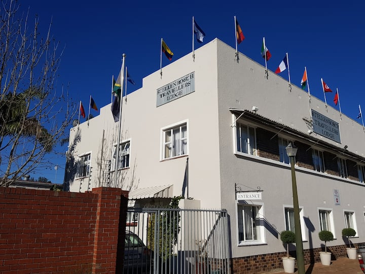 Stellenbosch Traveller's Lodge Hostel