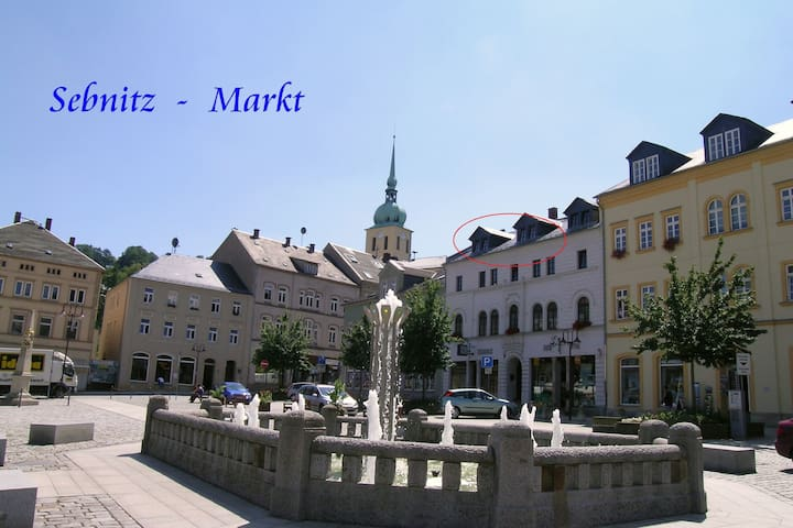 Dachgeschossferienwohnung - Sebnitz - Lakás