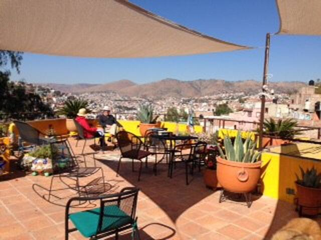 HOUSE OF THE WELL STUDIO APARTMENT! - Guanajuato - Apartamento