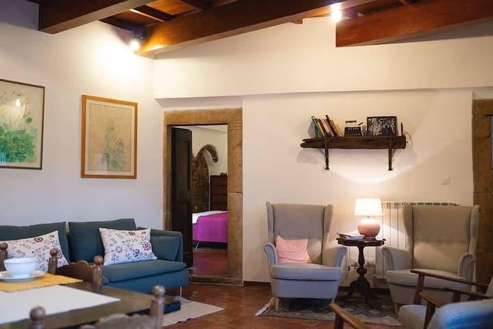 Aurora Medieval House - Casa delle Rondini
