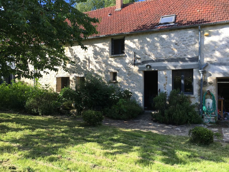 Chambre long re proche senlis chantilly compiegne houses for rent in villeneuve sur verberie - Jardin villeneuve calais ...