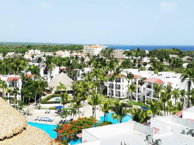 Hermosa Vista a la Hamaca Garden y al Mar Caribe