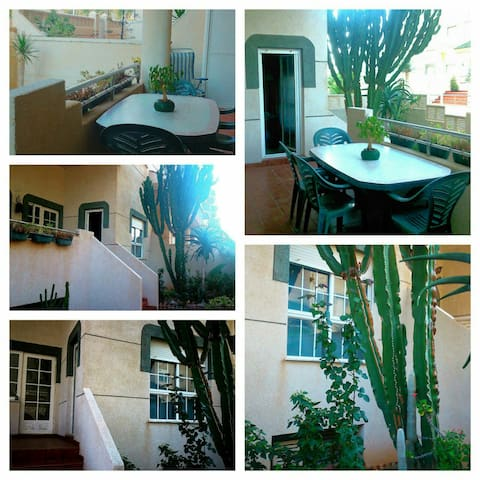Apartamento  acceso directo playa - Almería - Leilighet
