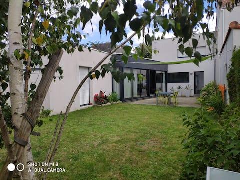 Maison Architecte Nantes Sud avec jardin clos