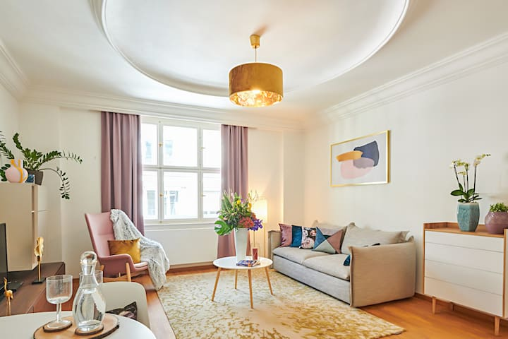 Spacious Old Town Square Apartment