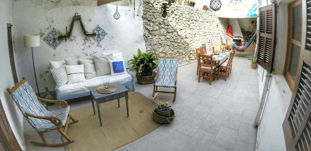 Mallorcan house with Lovely patio - Artà - House