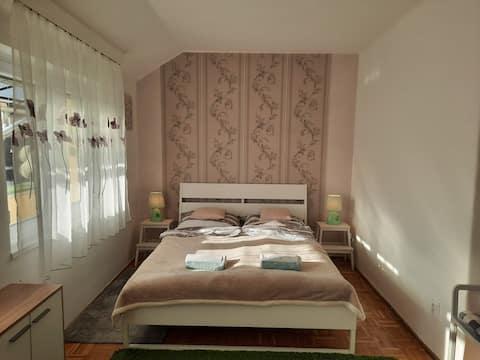 Eszterlánc Apartment Eger