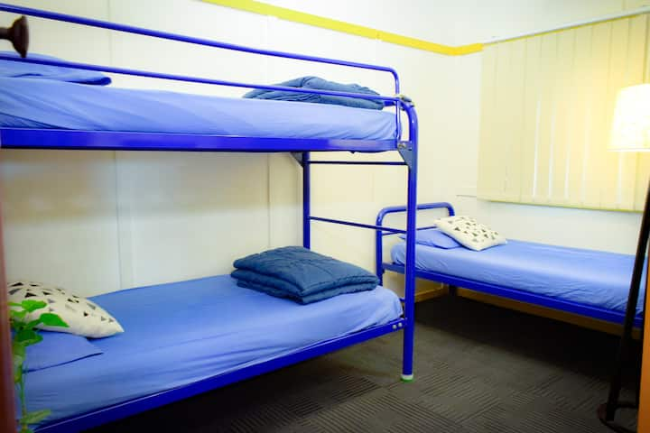 3 beds - private room
