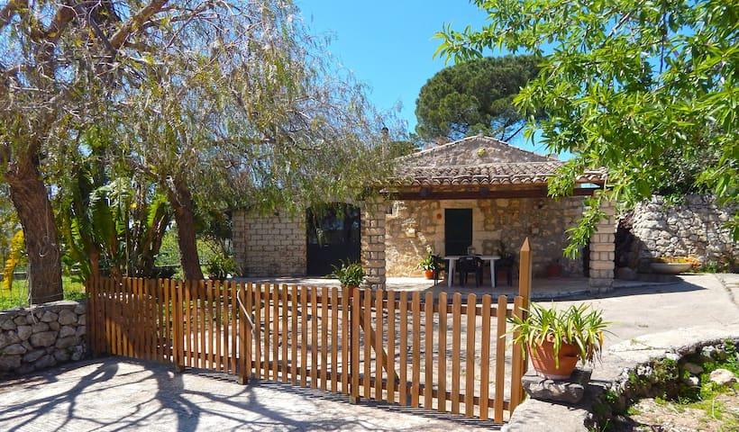 Casa Vacanze En Plein Air - Noto - Villa