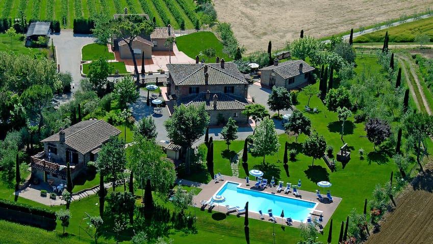 Villa  Rosa dei Venti - Maestrale - Creti - Apartamento