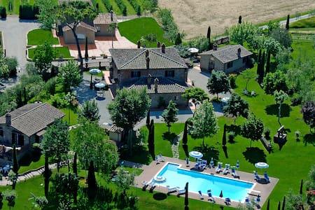 Villa  Rosa dei Venti - Maestrale - Creti - Квартира