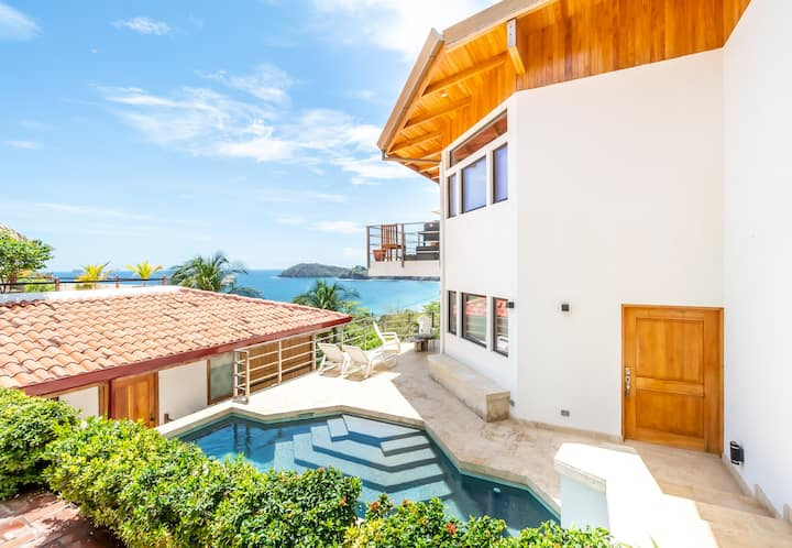 Flamingo Beach Ocean View Villa with private pool
