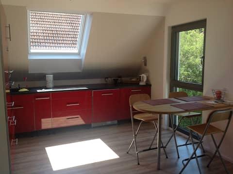 Charmantes 2-Zimmer Dachgeschoss-Studio