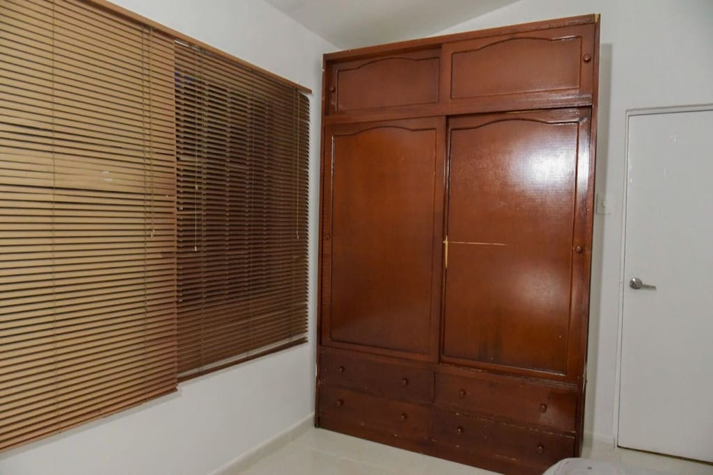 Habitación # 1. closet grande